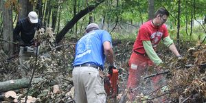 middle -service project -chainsaw -teacher -Wanner