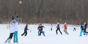 middle -snow -football -teams