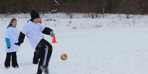 middle -snow -football -kick