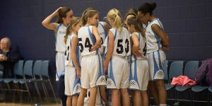 6th grade girls basketball -2016 -huddle