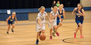 6th grade girls basketball -2016 -drive